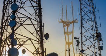 Análisis de la revisión bienal sobre preponderancia en telecomunicaciones y radiodifusión