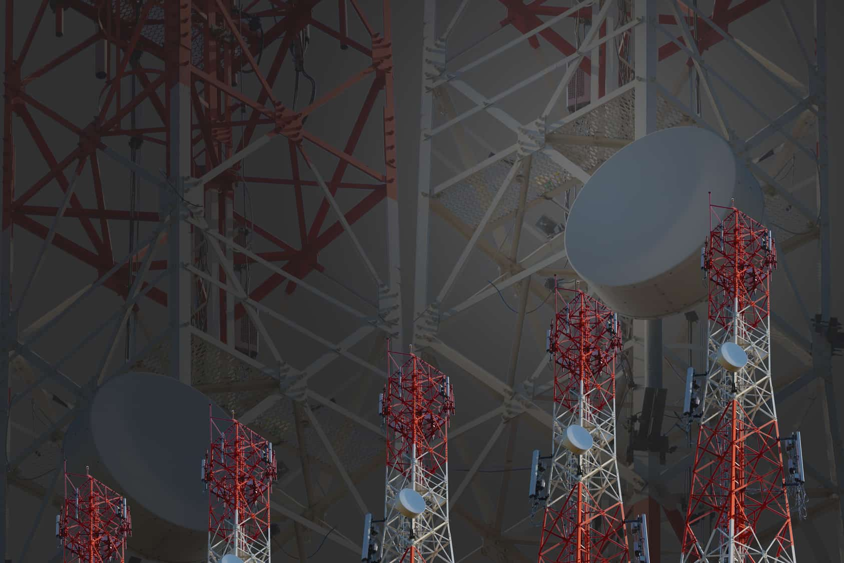"""La Organización para la Cooperación y el Desarrollo Económicos presentó el""""Estudio de la OCDE sobre telecomunicaciones y radiodifusión en México 2017""""."""