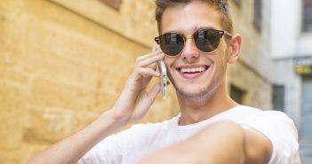 Telefónica,tendrá que pagar para renovar un tercio de sus licencias de espectro, que están por expirar y podrían costar a la compañía millones de dólares.