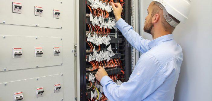 El gobierno federal y el IFT, pagaron casi 4 millones de pesos a la OCDE para el desarrollo y publicación de un estudio sobre la regulación de las telecom.