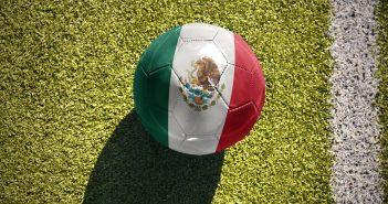 La Selección Nacional de México (alias el Tri) se torna la cosa más importante de las cosas más importantes en el país.