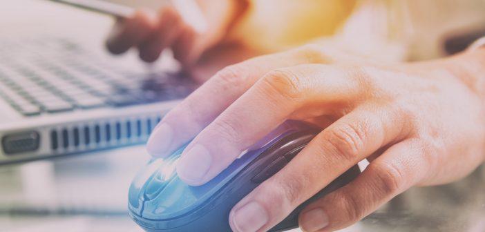 La imposibilidad, aparente o real, para regular las actividades que se desarrollan en línea, se significa cada día que pasa como un mito genial.