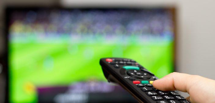 La FMF decidió otorgar a Televisa y Televisión Azteca los derechos de transmisión de los partidos de las selecciones nacionales de fútbol por ocho años.