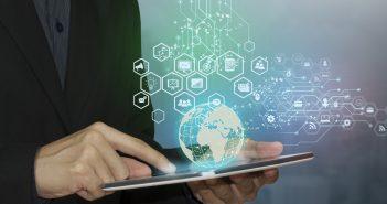 Una de las artimañas es quitar la conectividad; un número creciente de gobiernos ha restringido el servicio de internet móvil por razones políticas.