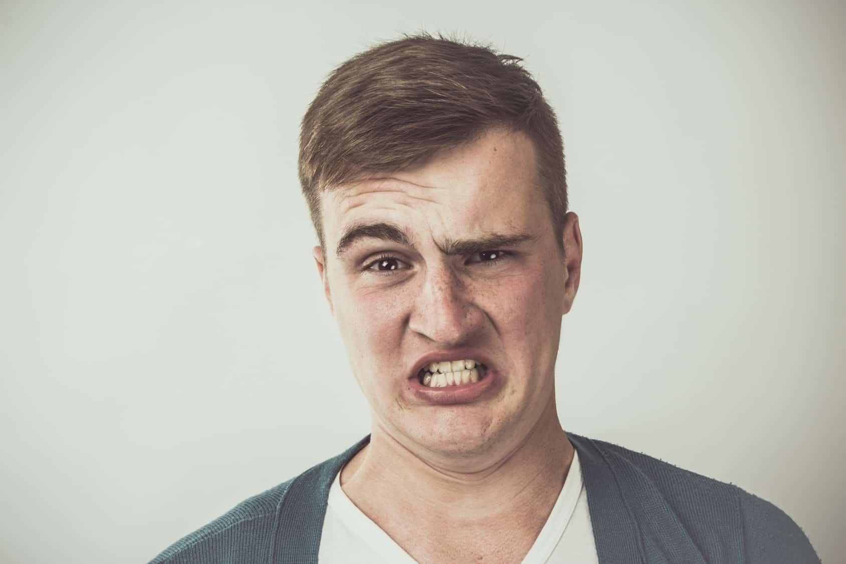 """Si una persona se siente desprestigiada por un """"meme"""", podría presentar una demanda civil para reparación del daño"""