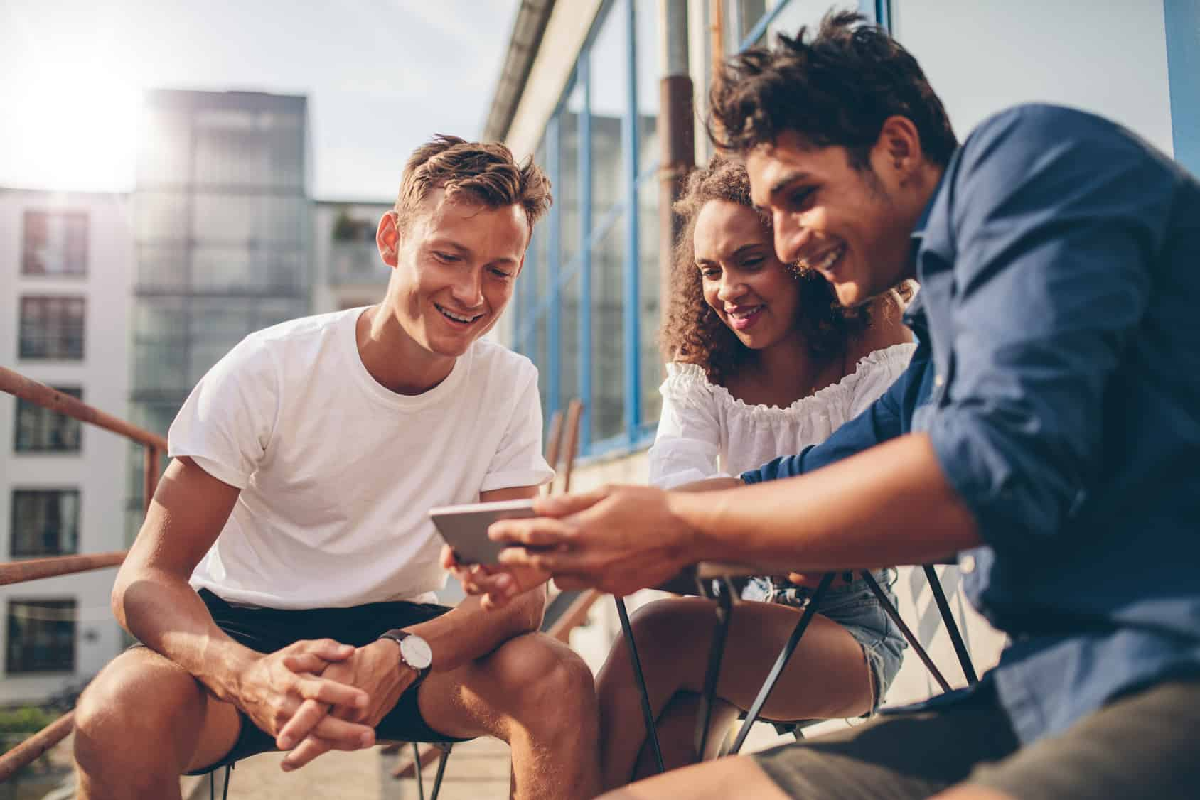 Movistar destacó que los usuarios cuentan con canales de atención para información de beneficios, opciones de baja o cambio a prepago.