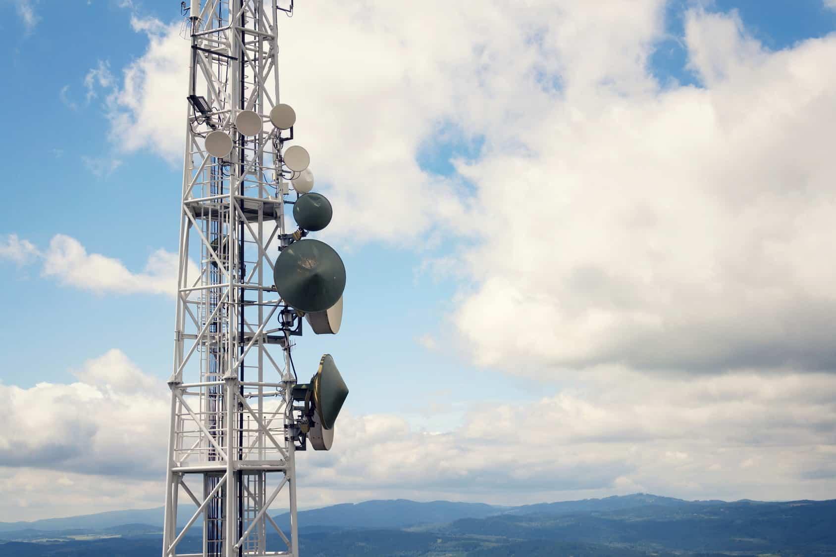 Los operadores de televisión por cable han contribuido en forma determinante en la mejora de los precios de los servicios de telefonía.