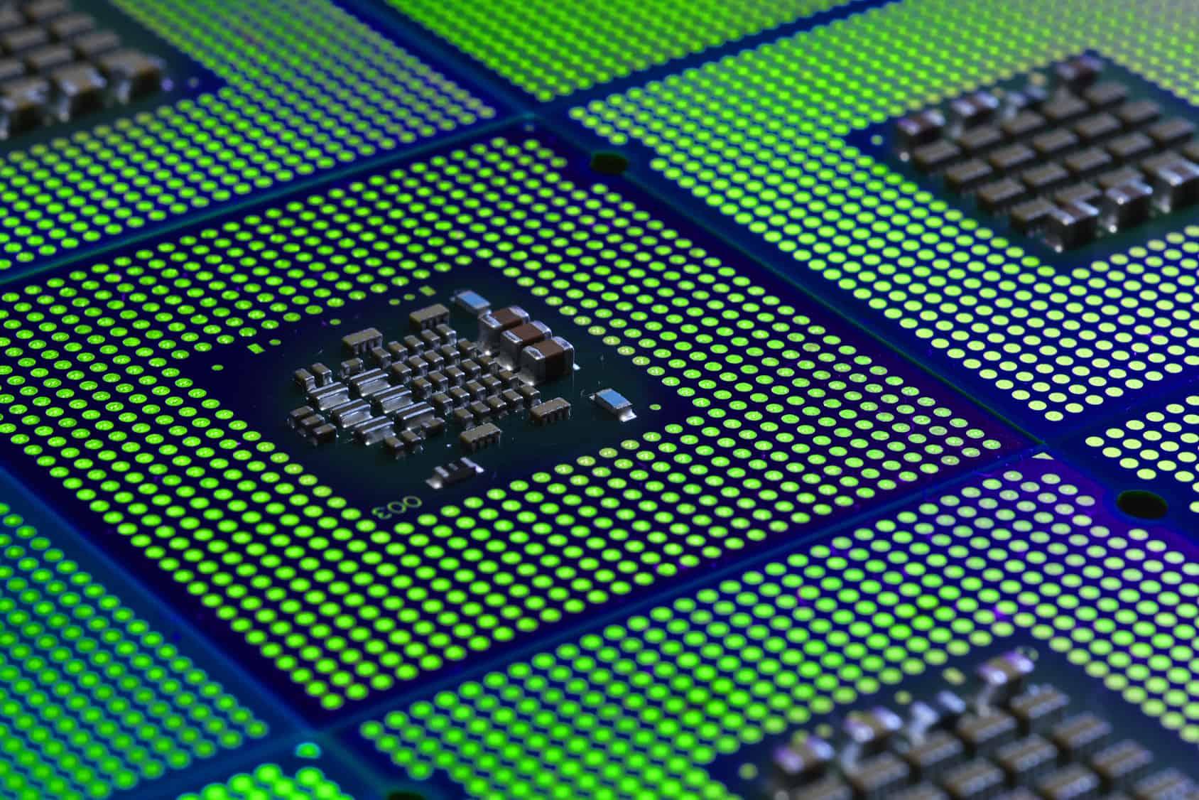Ayer se conocía que un fallo en el diseño de los procesadores de Intel, presentes en la mayoría de los ordenadores de todo el mundo