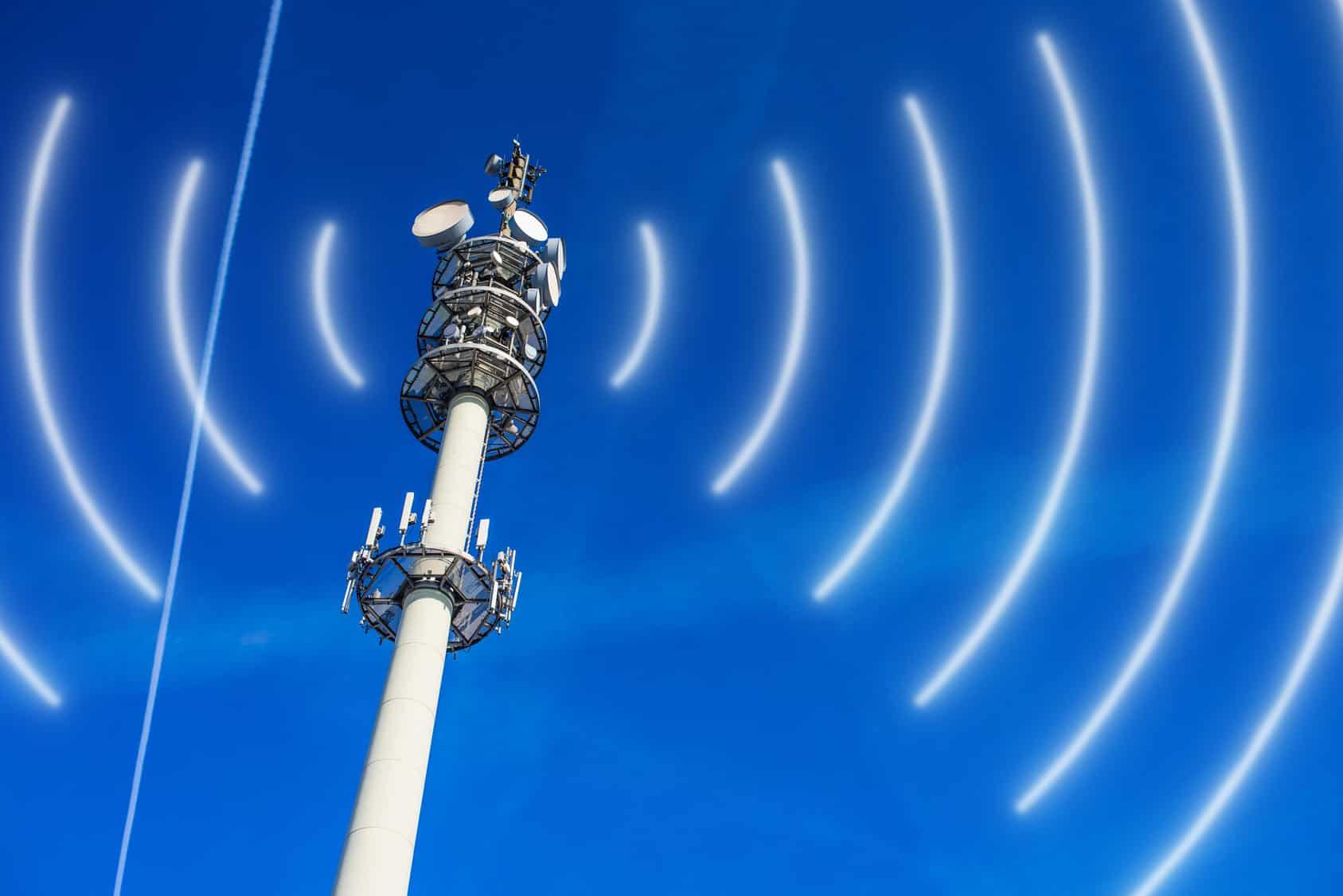 Un total de 557 localidades del país que alojan a entre mil y 5 mil habitantes en diversos estados, no cuentan con el servicio de telefonía celular.