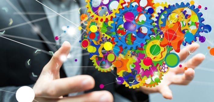 Académicas, empresarias y funcionarias lanzaron la red Conectadas MX para evaluar y redireccionar estrategias de empresas, organizaciones públicas y privadas, con el fin de incoporar a mujeres en puestos de alta dirección y toma de decisiones, sobre todo en el sector telecomunicaciones y tecnologías de la información.