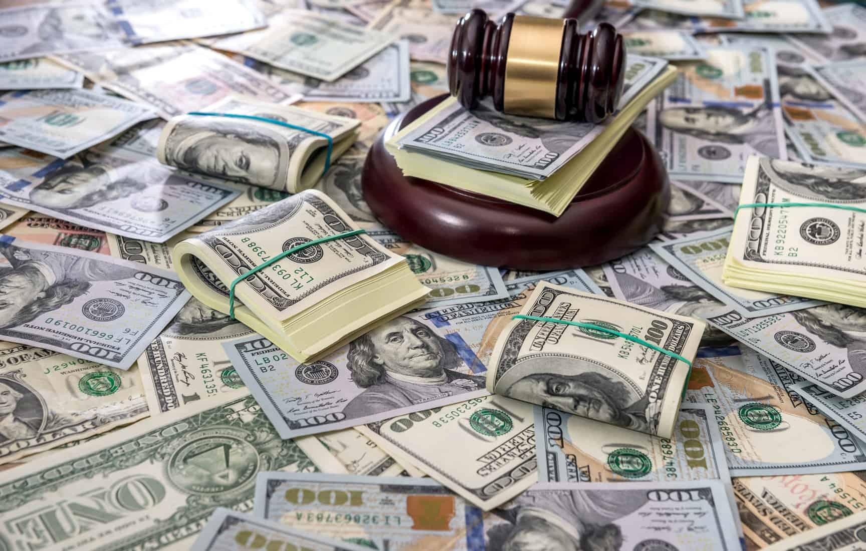 La semana pasada, el Instituto Federal de Telecomunicaciones (IFT) multó a América Móvil y Telcel con97 millones de pesos (96,825,831) por prácticas monopólicas relativas.