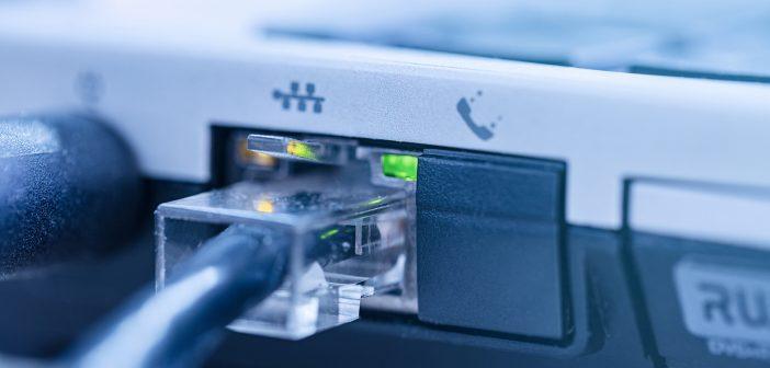 El creciente consumo de contenidos intensivos en tráfico de datos, videojuegos en línea y plataformas OTT hacen necesario contar con redes con la suficiente capacidad para soportar la demanda actual y futura de las mismos.