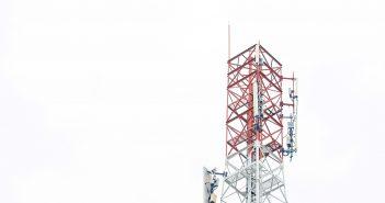 En el segundo trimestre de este año el portafolio deTelesitesse elevó 10.4 por ciento al cerrar el periodo con14 mil 962 torres, lo que supone un aumento de mil 413 torres más en los últimos 12 meses de las cuales 14 mil 748 operan enMéxicoy 214 enCosta Rica.