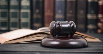 La SCJN, la Procuraduría Federal del Consumidor (Profeco) ganó una acción colectiva por cobros indebidos en servicios de telefonía celular que interpuso originalmente contra la empresa Nextel pero que siguió contra AT&T cuando ésta la compró.