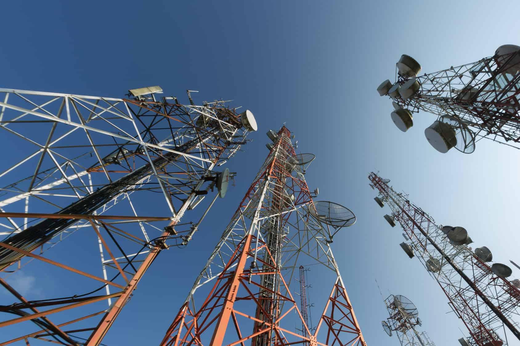ElInstituto Federal de Telecomunicaciones(IFT) alista la licitación de nuevas estaciones de radio y TV abierta para uso comercial, social y público para el segundo semestre del año, de acuerdo con un documento publicado este martes en el Diario Oficial de la Federación (DOF).