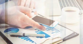No existen usuarios de telefonía móvil que usen la Red Compartida aunque Altán Redes cuenta con clientes que han firmado contratos para usar el recurso.