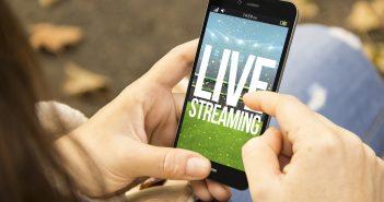 Ver los partidos de futbol por Internet, usar páginas de apuestas y descargar aplicaciones vuelven más vulnerables a los aficionados.