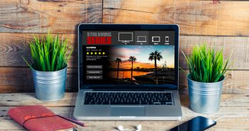 El popular proveedor de contenido audiovisualNetflixha sufrido unacaída del serviciodurante la noche del lunes. Se trata de un fallo que ha afectado a la plataforma a nivel internacional y que provocaba que los contenidos no estuvieran disponibles en ninguno de los dispositivos habilitados.