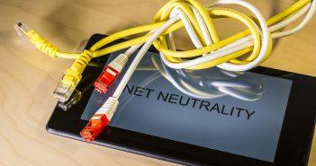 Me refiero específicamente a la eliminación de las reglas de neutralidad de la red y la compra de Time Warner por AT&T