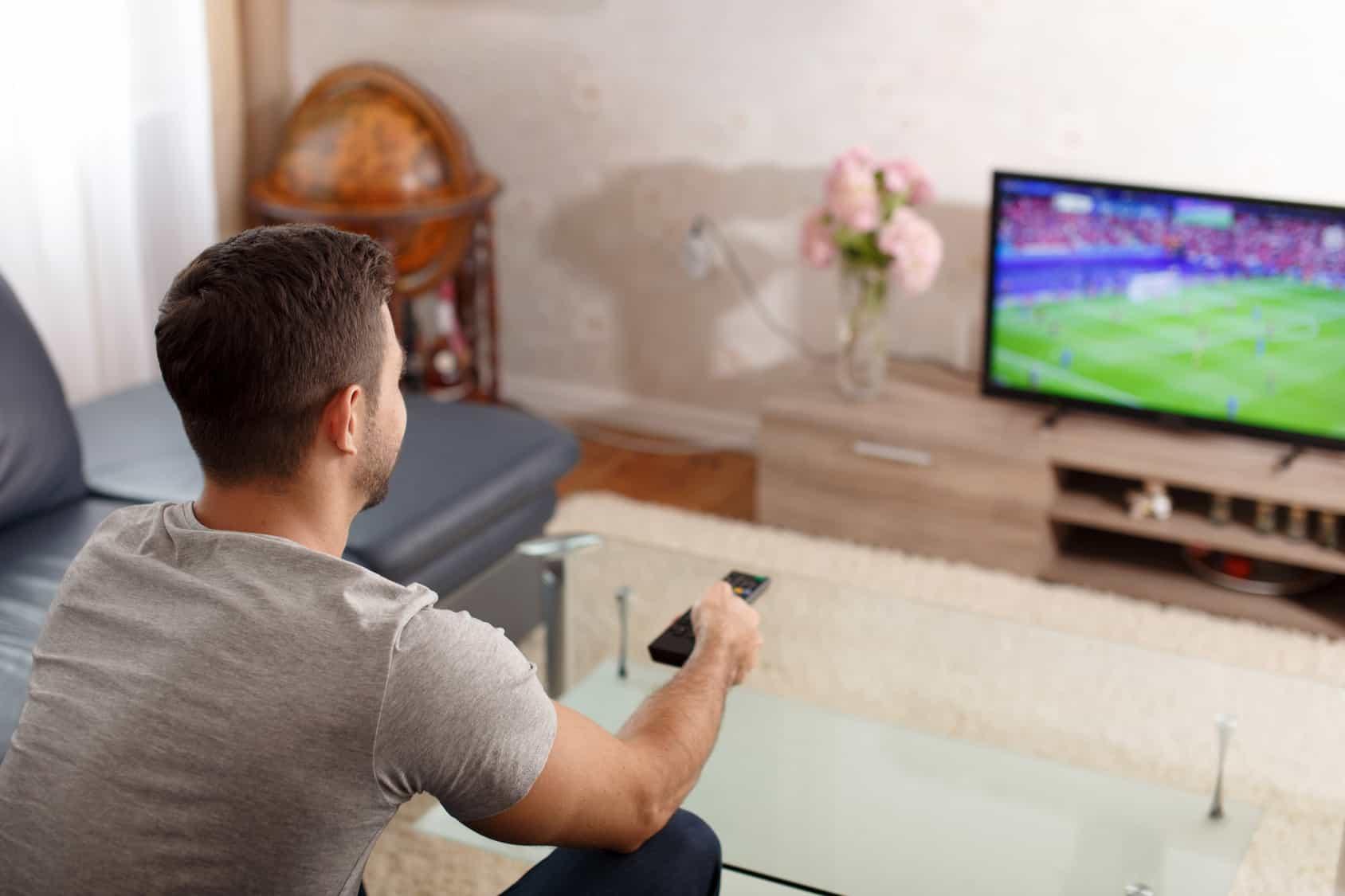 Por los altos costos que implica el negocio del futbol, TV Azteca ahora revisará la viabilidad de mantenerse en el rubro.