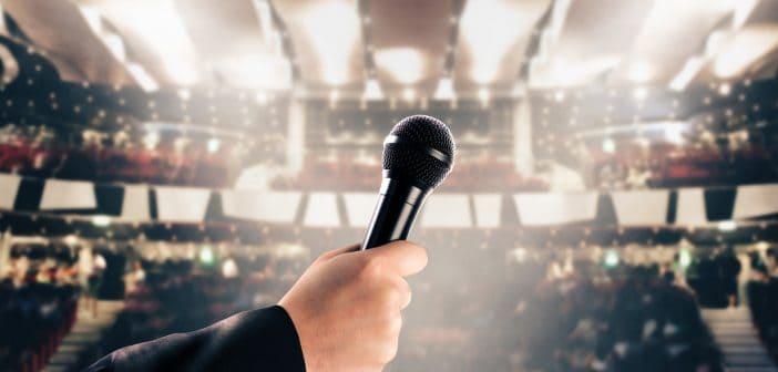 A la fecha, los cantantes y artistas son constantemente blanco de la autoridad hacendaria.