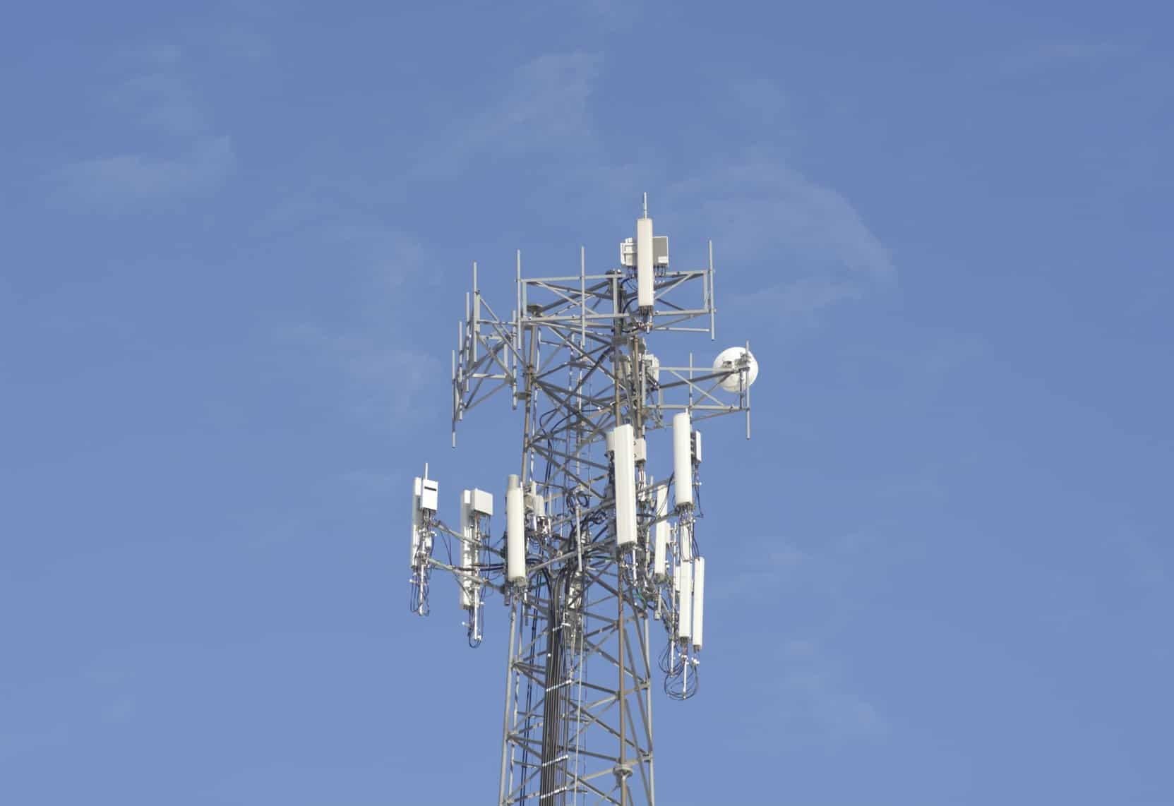 Gerardo Ruiz Esparza, informó que las empresas Avanzada Addnetwork, Islim Telco y Diveracy son las primeras que ofrecerán servicios de telefonía e Internet inalámbrico móvil.