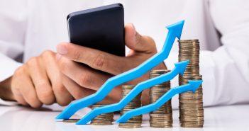 Seis de cada 10 pesos que ingresan al sector de telecomunicaciones de México, contemplando tanto el segmento fijo como el móvil.