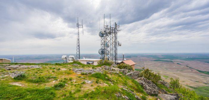 México es el único país de la OCDE donde una sola empresa concentra más del 60 por ciento del mercado móvil, situación que no sucede en España