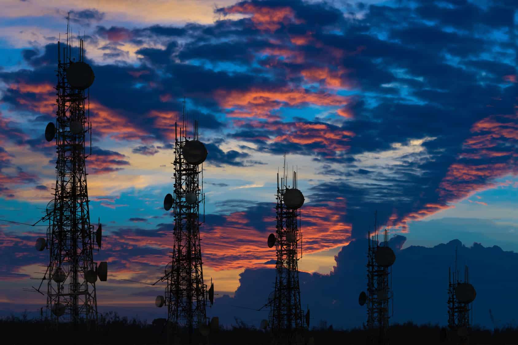 Es posible identificar cuatro gravámenes que constituyen las principales cargas tributarias de los concesionarios de espectro radioeléctrico.