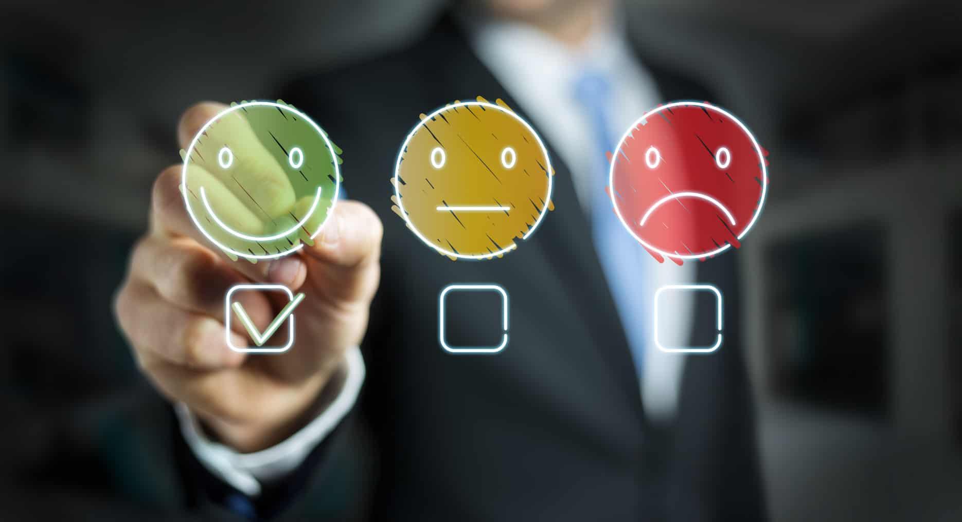 La función de demanda o elección de compra de un bien o servicio depende del precio, calidad, accesibilidad, así como de la sustituibilidad con sus alternativas, entre otros factores.
