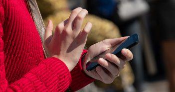 Piden que se castigue a quien no demuestre la procedencia legal de su teléfono celular.