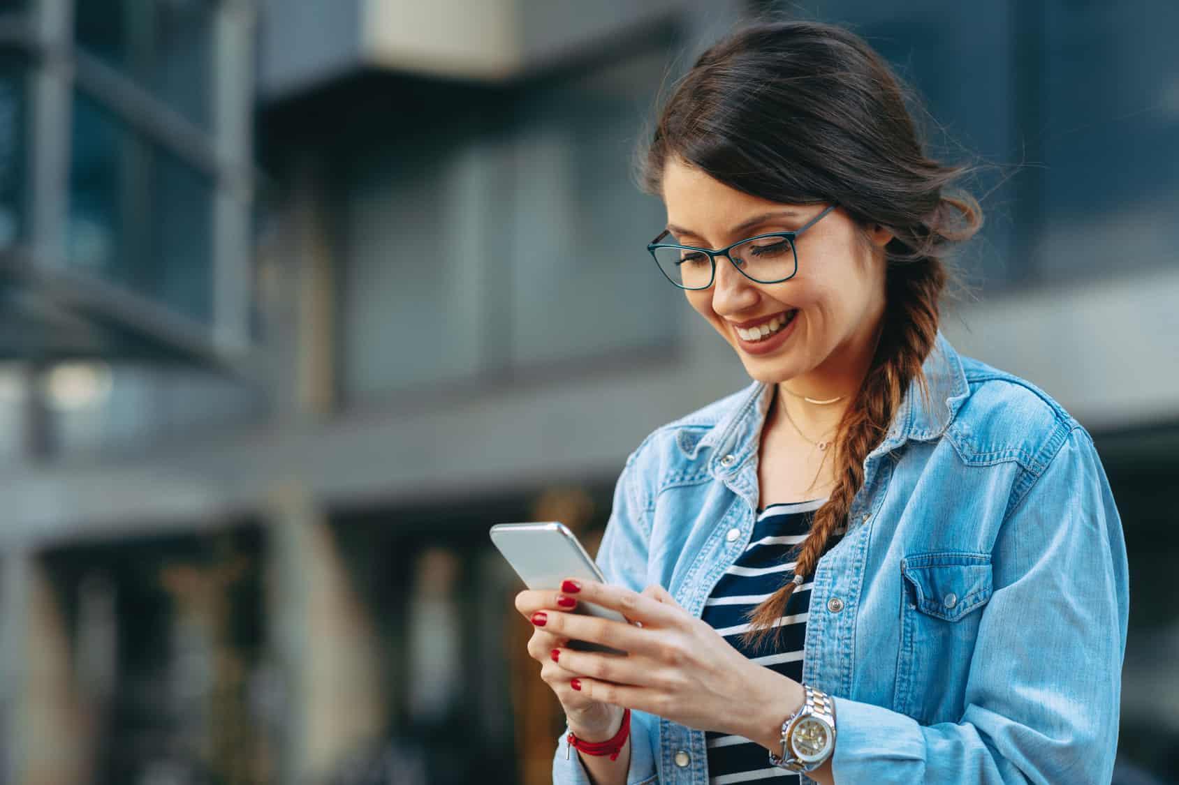 En fechas como esta, la mayoría de las personas ha adquirido un nuevo celular y sin darse cuenta no han ejercido losderechos de usuarioque tienen.