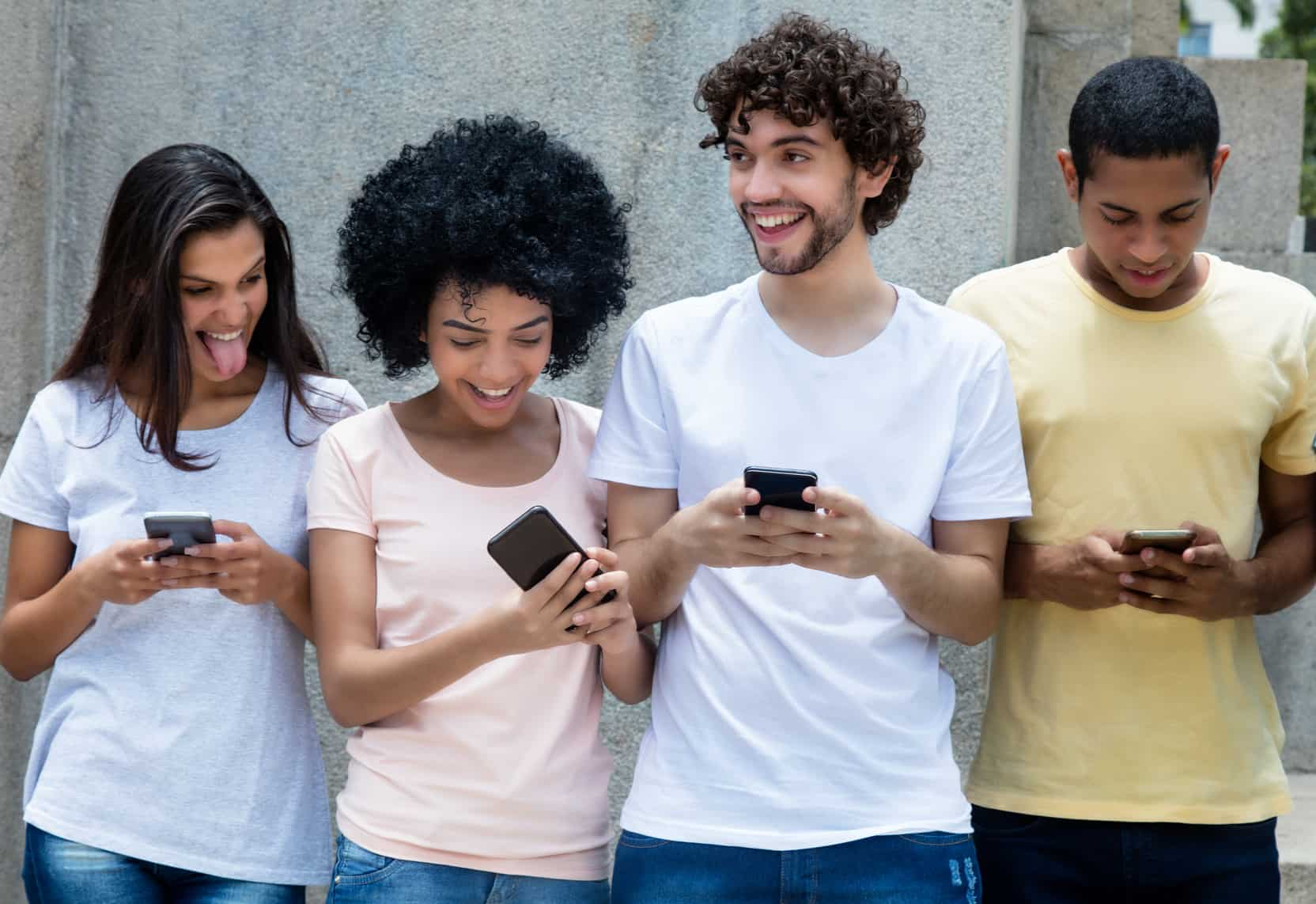 Mientras que en los esquemas de prepago se observó un incremento en los MB para navegación libre y MB para redes sociales por cada recarga.