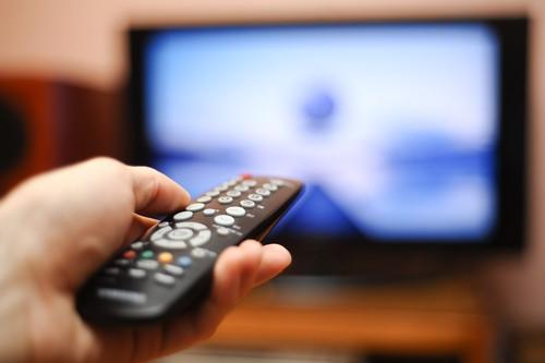 Los canales deportivos de ambas cadenas tienen derechos de transmisión exclusivos, mientras que otros canales en México están impedidos de obtenerlos, recalcan especialistas.