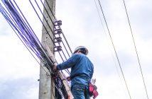 La compañía de telecomunicaciones Axtel analizará la viabilidad de participar en el proceso de licitación de la red de fibra óptica de la CFE.