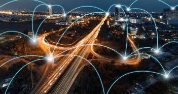 """""""El enfoque de las telecomunicaciones no puede ser el de hace 10 años o 15 años, debemos cambiar esa visión y trabajar para darle la importancia y la relevancia que como sector tiene"""", añadió."""