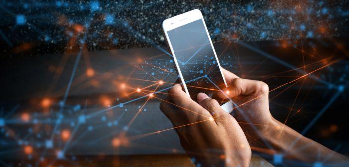 Desde la reforma estructural en Telecomunicaciones se estableció, en el decimoquinto artículo transitorio de la Constitución, la creación de una Red Troncal de servicios mayoristas.