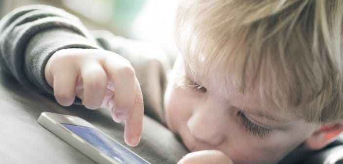 ¿Cuál es la mejor edad para dotar de tecnología a un niño?