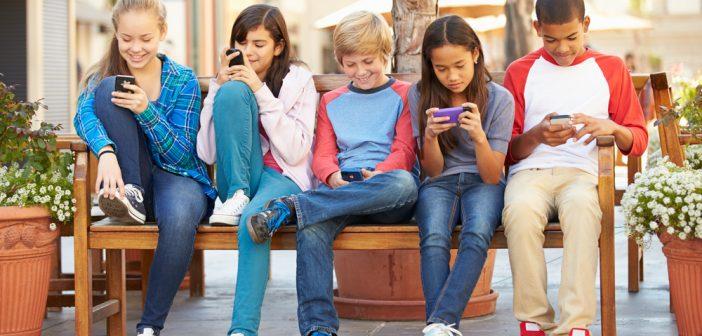 Niños y dispositivos móviles, creando una relación segura