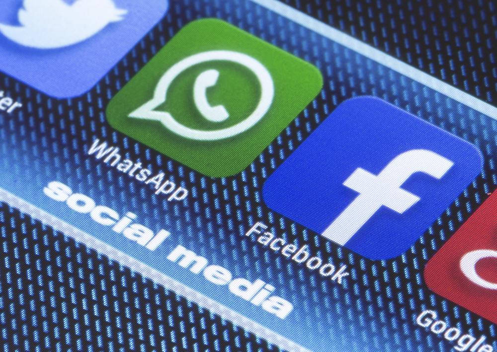 El presidente de Facebook, Mark Zuckerberg, hizo un llamado al Congreso estadounidense a que regule el quehacer de las redes sociales